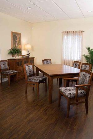 RH-Amish-Custom-Chairs-Bayfield-Chair 3