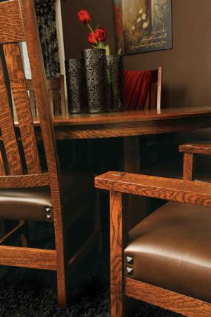 RH-Amish-Custom-Chairs-Conner-Artistic