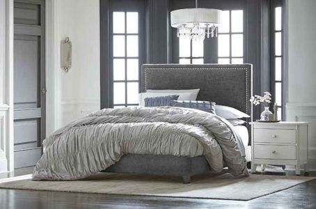 SW-Amish-Custom-Bedroom-Adessa-Bed 1